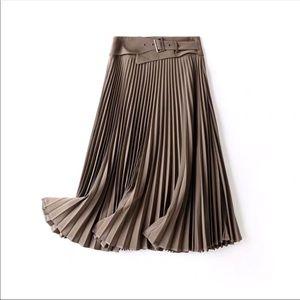 Winter/Fall Solid Midi Pleated Skirt